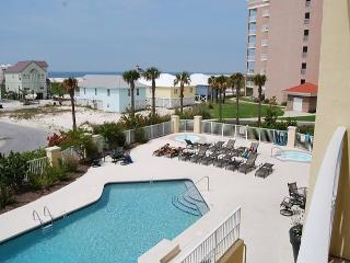 Beautiful 1 bedroom condo with a Gulf View!