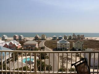 AWESOME VIEW OF GULF, 3 Bedroom Condo!