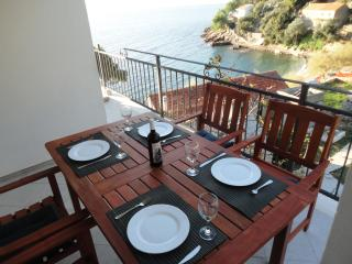 Paradise Apartments-4, Gdinj, Torac Bay