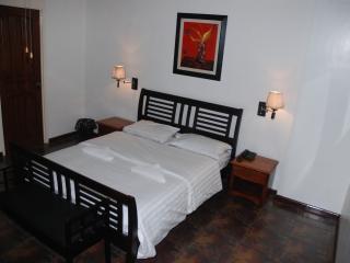 Suite 702, Luxury 1Br. Apartment Makati