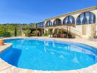 Luxury private villa with stunning mountain views, Casarabonela