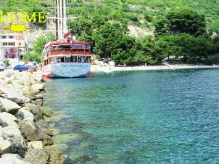 Tempera 2 on the beach,terrace-sea view, Split