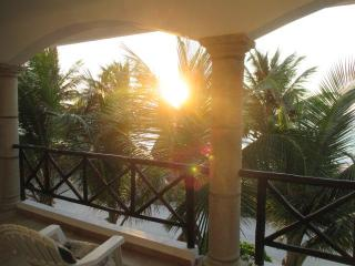 January Special 25% Off Caribbean Beachfront Home, Mahahual
