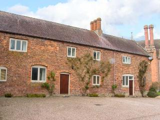 WYVERN HOUSE, on a 3000 acre estate, character features, en-suite, in Alberbury,
