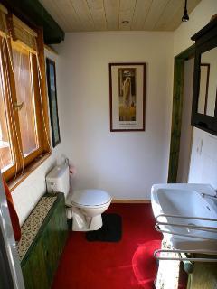 Shower room - Bedroom 1