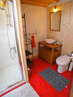 Shower room - Bedroom 2