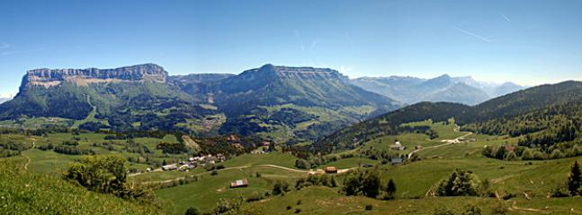 Pano of the Chartreuse from the East