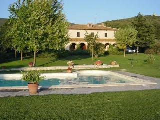AGRITURISMO SAN VALENTINO FOR UN UNFORGETTABLE HOLIDAY IN UMBRIA!