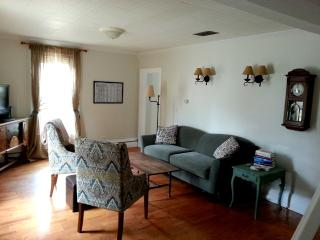 Charming 3 Bed, 2 BR in Historic District, Rockland