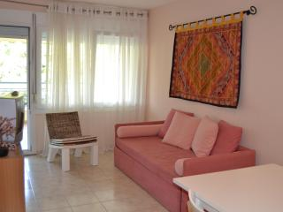 ATHINA - Paralia Holiday Apartment, Paralia Katerinis
