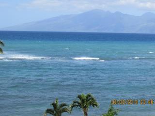 Maui Oceanview Studio, Free Wi-fi, Parking, A/C, Lahaina
