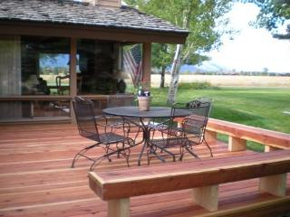 Golf Creek Ranch condo- Beautiful unit with Fantastic Views, Jackson