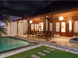 Kubu Luxury 2 Bed Villa,Seminyak