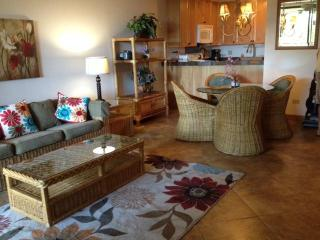 Renovated Kamaole Sands With Extra Large Lanai, Kihei