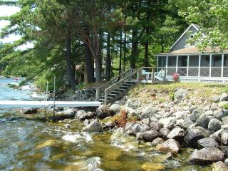 4-bedroom on Sebago Lake; Reserve now for Sep, Oct