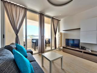 065 Outstanding Tigne Seafront 3-bedroom Apartment
