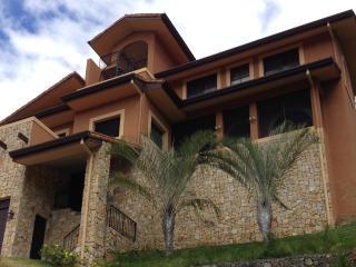 oceanview villa casa para amar, Ciudad Colon