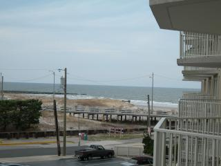 Gardens Plaza, Unit 302, Ocean City