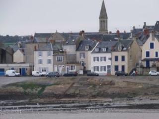 SEA FRONT, D-Day beaches, large & nice house 6p.