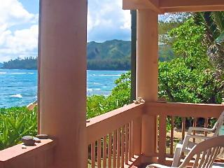 BEACHFRONT PARADISE - 20 Feet From The Sand & Sea, Haena