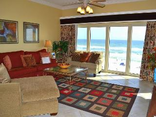 *Dec - Jan 20 open to snowbird* Big Beds, Sugar-White Beaches, Fun Amenities!, Miramar Beach