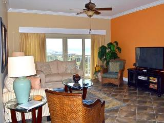 2 pools, hot tub, sauna~relax on the beach~close to dining, shops & actvities, Miramar Beach