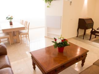 luxury and Kosher Jerusalem vacation apartment