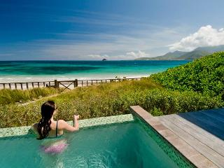 NEW StKitts Oceanfront Beach Bungalow RATE SPECIAL