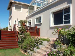 J-bay Surf View Accommodation, Jeffreys Bay