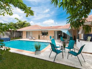 Imperial Point Vacation 3 Br Home,  Fort Lauderdale - Heated Pool