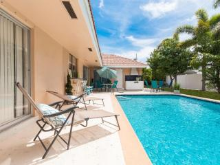 Imperial Point Vacation Rental by Gizmo - Heated Pool Fort Lauderdale, Lauderdale by the Sea