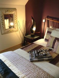 Napoleon Bedroom - En Suite ' Super King Bed'