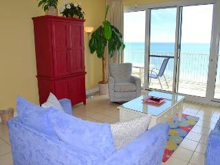 Bunkbeds! New counters! Directly on the Beach! Amazing waterfront views!, Miramar Beach