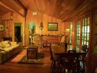 Dads Cabin where you can enjoy the quiet or the great music from the Bose stereo