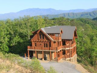 Majestic Mountaintop Retreat - Above All (but One), Pigeon Forge