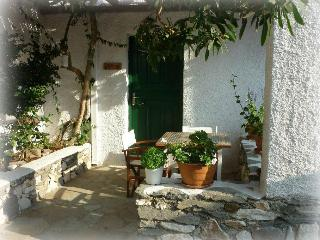 Secret Garden maisonette 1, Paros