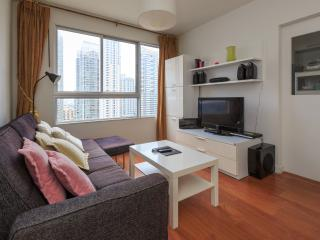 Vacation Downtown, Near Park & BTS (Pool + Wifi), Bangcoc