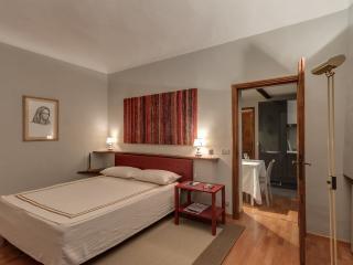 2 Bedroom Rental at Dante Alighieri in Florence