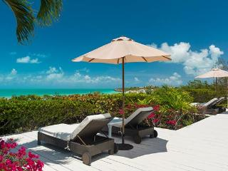 None IE ALZ, Providenciales