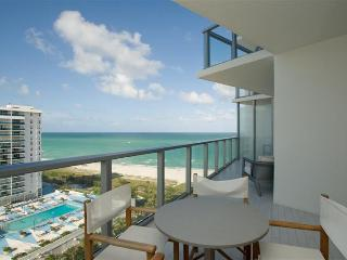 2 Bedroom W Condo, Miami Beach