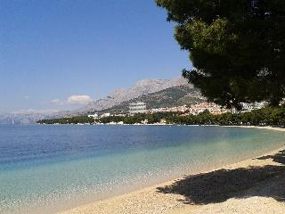 Apartment SEAGULL right on the beach!, Makarska