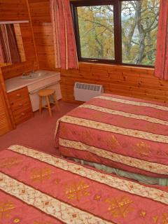 Premier Lodge No 3 - Twin Bedroom