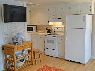 The kitchen is well equipped and has all new dishes