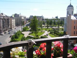 Comfortable 4 room apartment., San Petersburgo