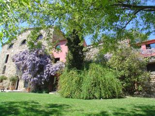 Escape in the Catalonia  country side, Sales de Llierca