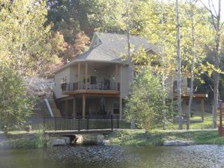 Lakefront Home Sleeps Up to 16 Guests, Private Beach and Heated Pool