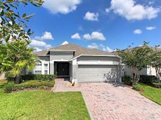 Luxury Gated Community 4bd 3 Bath Home.Pool.