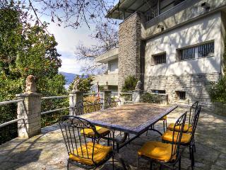 Villa Rental in Piemonte, Laveno - Villa Elsa, Ispra