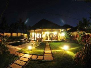 Villa Gillis, Buleleng