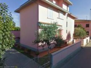 La Villa Vivoli, casa e appartamenti, Fucecchio